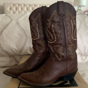 Brown Leather JUSTIN Brand Cowboy boots